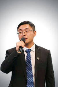 Yongli YAN Attorney-at-Law